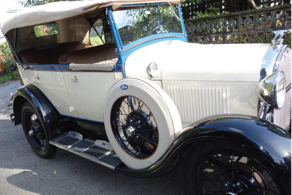 vintage car vancouver